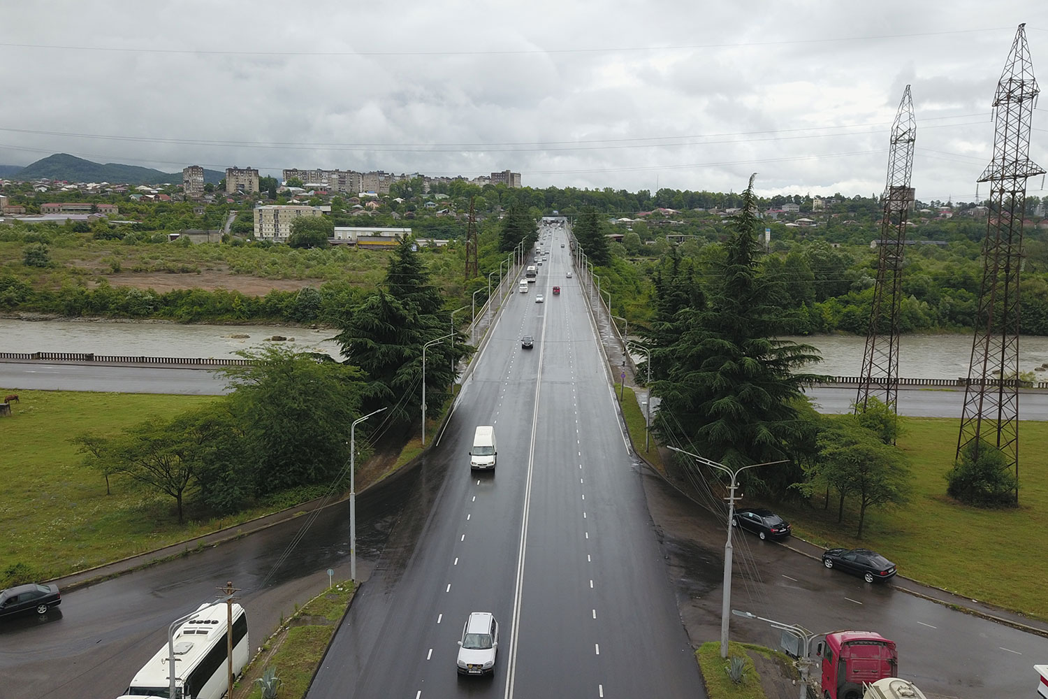 Periodical repair works of the Chavchavadze street were completed in Kutaisi